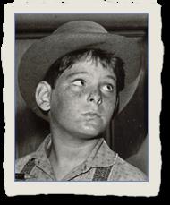 Jimmy Fields as Bill Davis